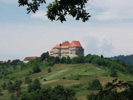 Stari dvorci i kurije u mom kraju 2jdkmc5