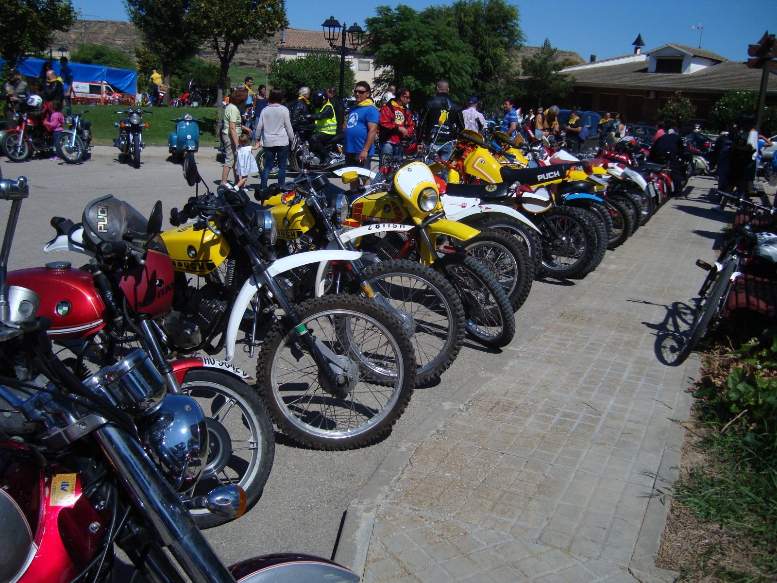 XI concentracion de motos antiguas en Alberuela de tubo (Huesca) 2mhbgqb