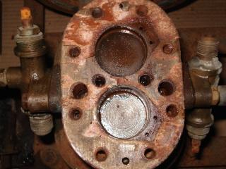 Ayuda:  para desarmar el cabezal de un compresor marca DELFAR 2mxhdhh