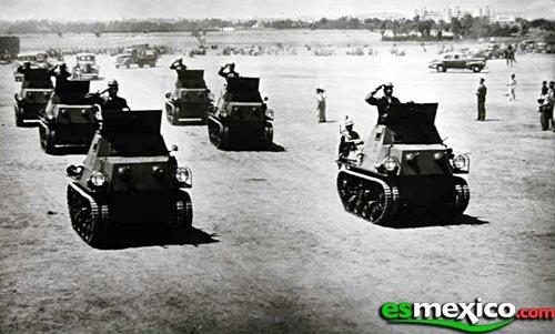 fotos vintage de las Fuerzas armadas mexicanas - Página 4 2r407c1