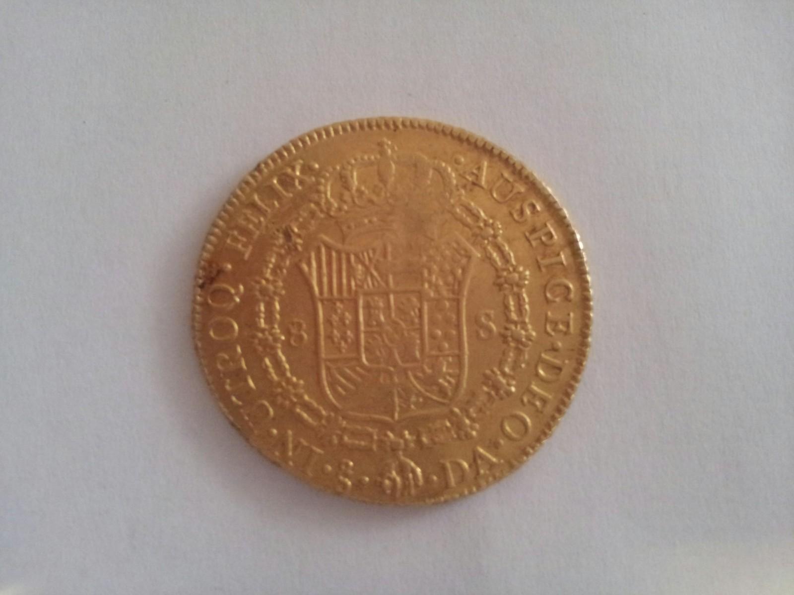 8 escudos Carlos III 1784 Santiago DA 2vsf2uw