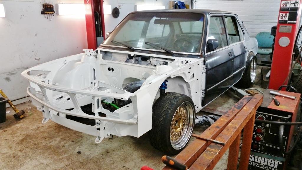 Börre: Bmw e28 Rebuilding // KalsongBlå Saab - Sivu 2 2zgvkf8
