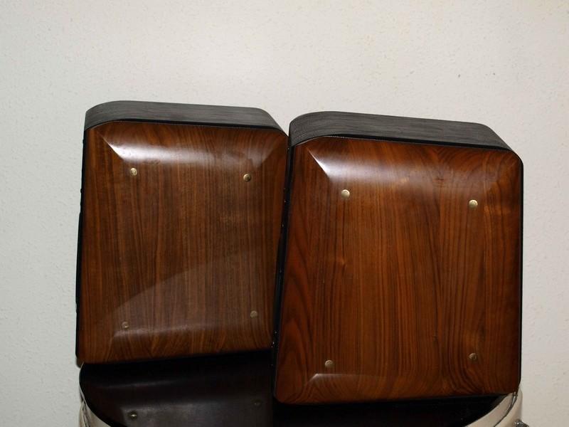 Los amplis y cajas con acabados de primera. 3149cw4