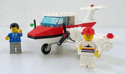 Lego Αεροπλάνα και Ελικόπτερα 9rr85s