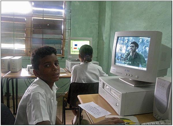 La educacion en Cuba - Página 1 9zmzcy
