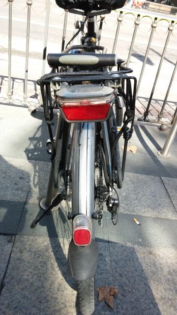 VENDO Bicicleta BH EMOTION CITY 700 con batería de 13,2 Amp recién estrenada Apb71z