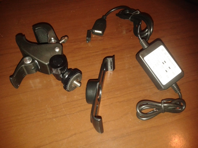 GPS, Suportes e Tomada 12V B9hhn8