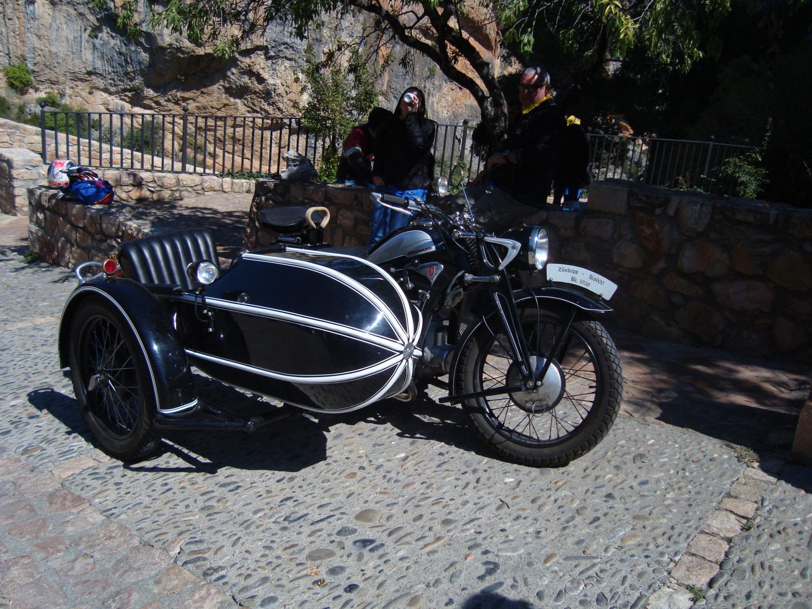 XI concentracion de motos antiguas en Alberuela de tubo (Huesca) Ixt4t2