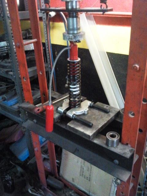 Reparación de amortiguadores Izrvrs