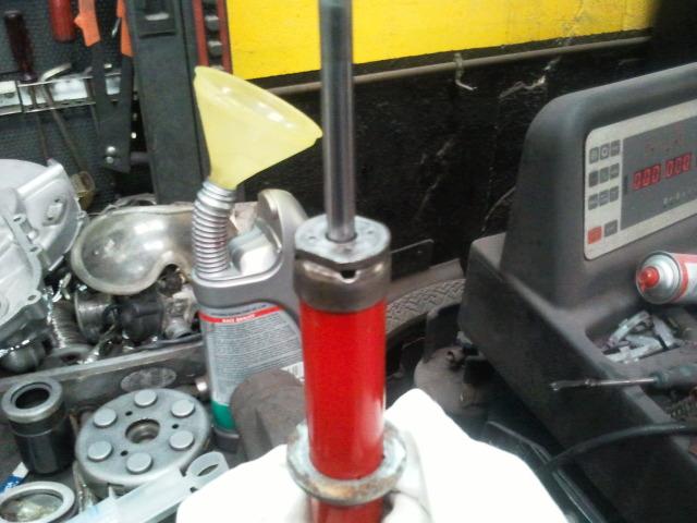 Reparación de amortiguadores Nmjekj