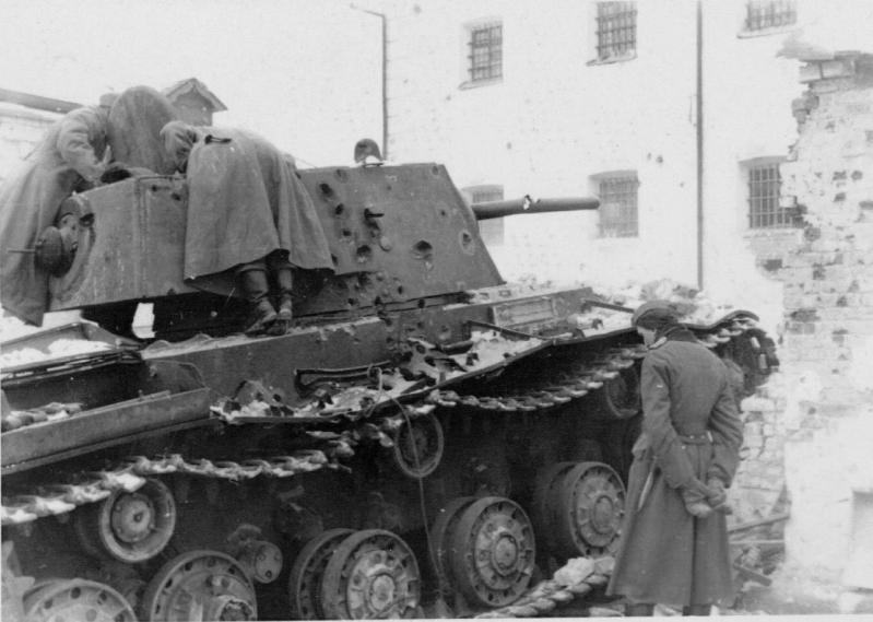 """КВ-1 """"27 ноября 1941 года г. Венев""""(Звезда 1/35) Qnnpzt"""