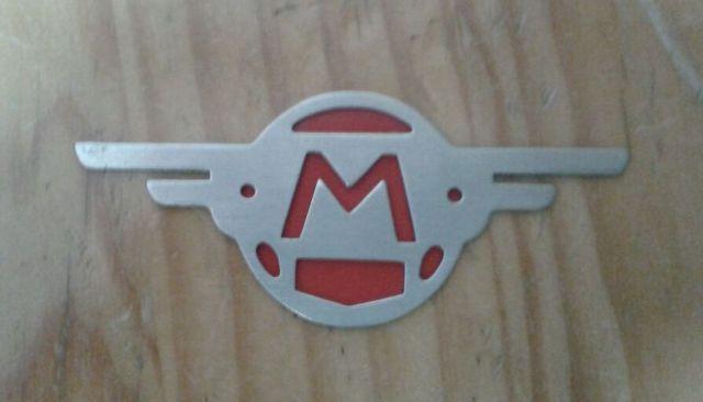 Escudos de las alitas de Mobylette Rhla4o