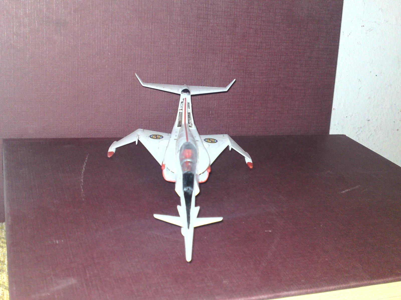 Captain Scarlet's Angel Interceptor 1/72 Airfix Ru6wj9
