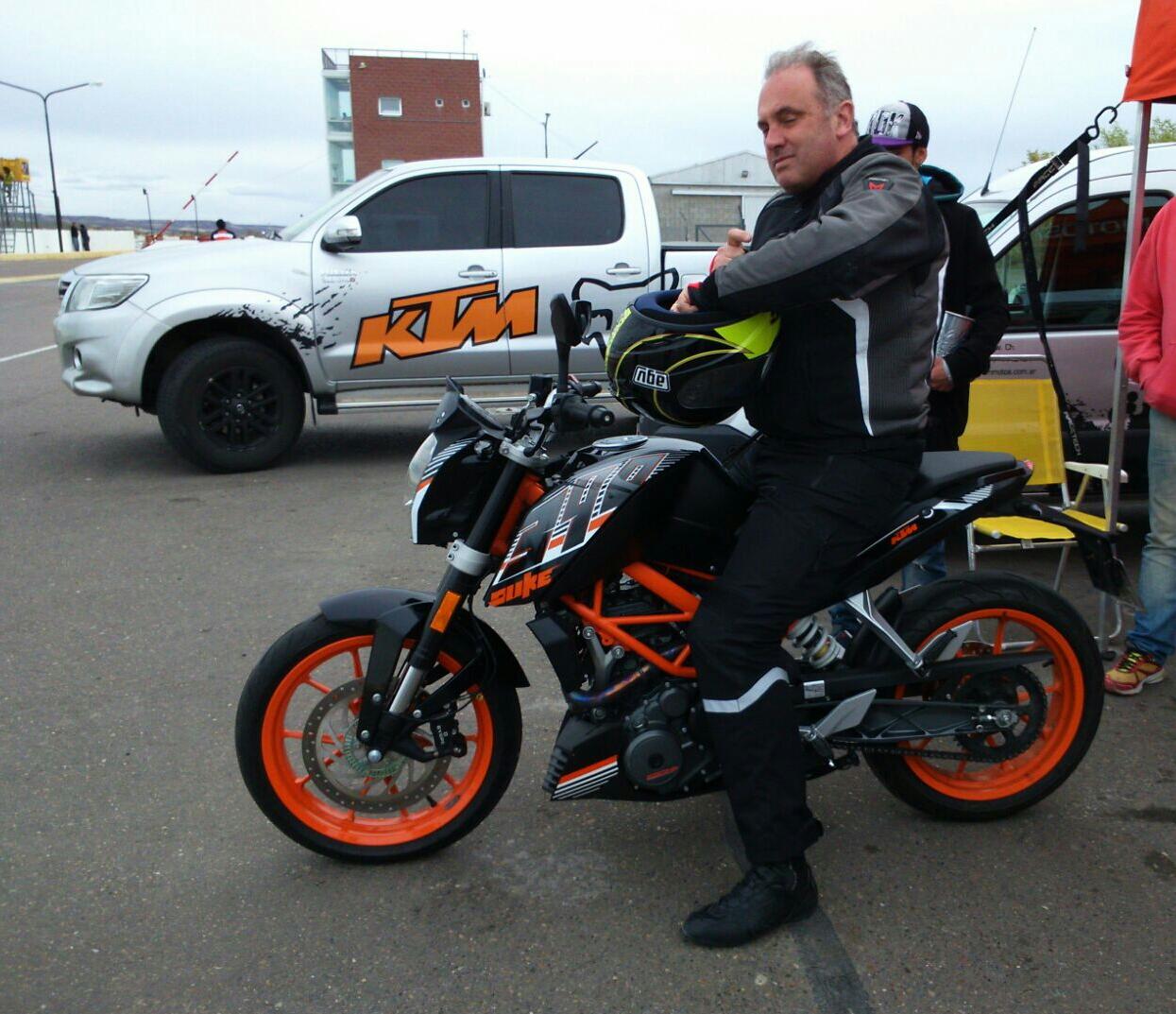 KTM Duke 390 - Página 4 14iq6bm