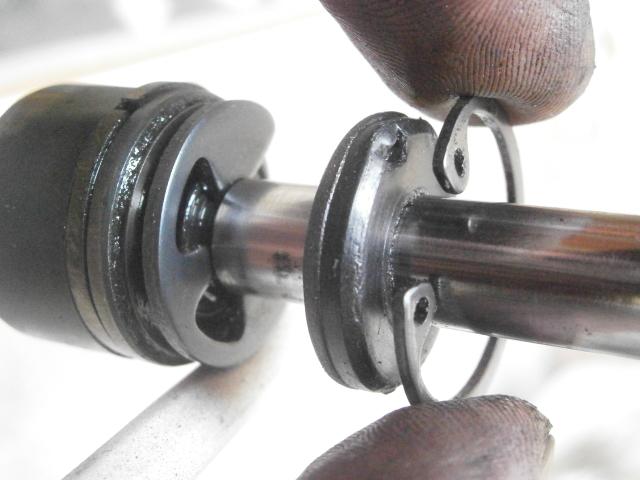 Intento de reparación amortiguadores Cobra MC 16jq0rm