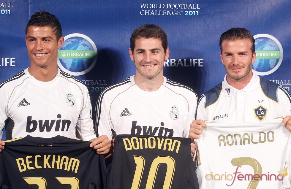 ¿Cuánto mide Iker Casillas? - Estatura real: 1,82 - Real height 209o9w1