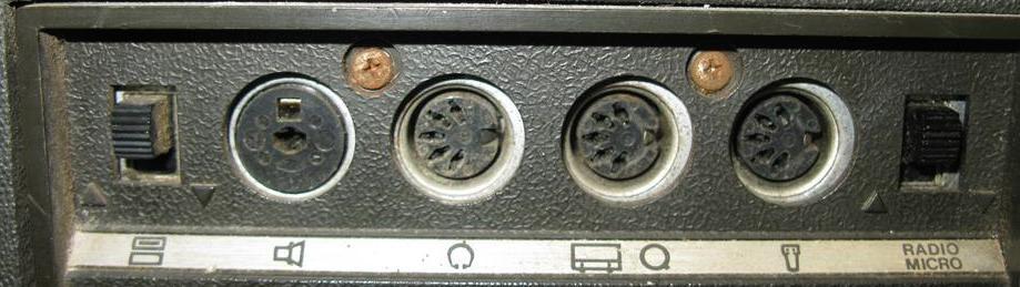 Telefunken Magnetophon 203 TS 2cigy6p