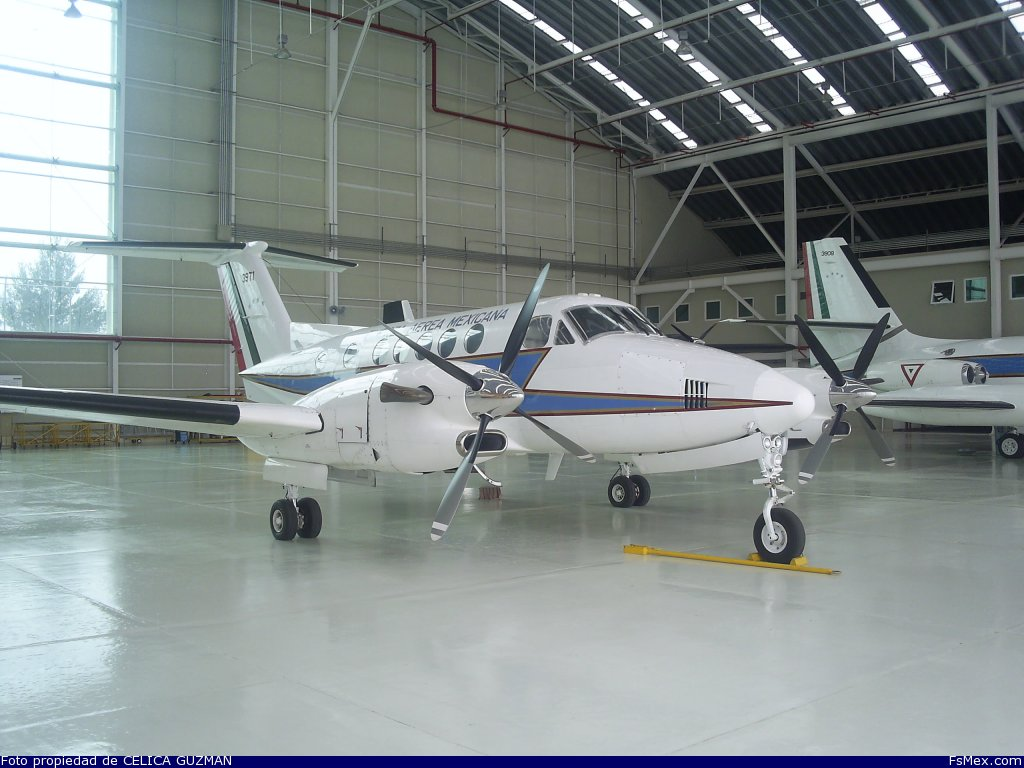 Beechcraft   King Air  FAM 2h58nqu