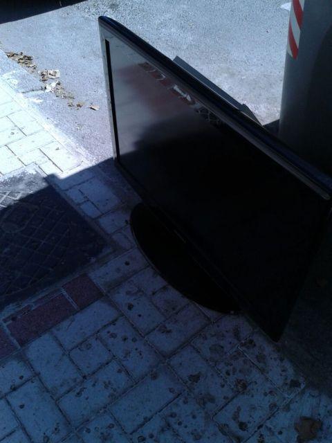 Ver para creer , del cubo de basura a tu casa en menos de 5 minutos..... 2hdwl6d