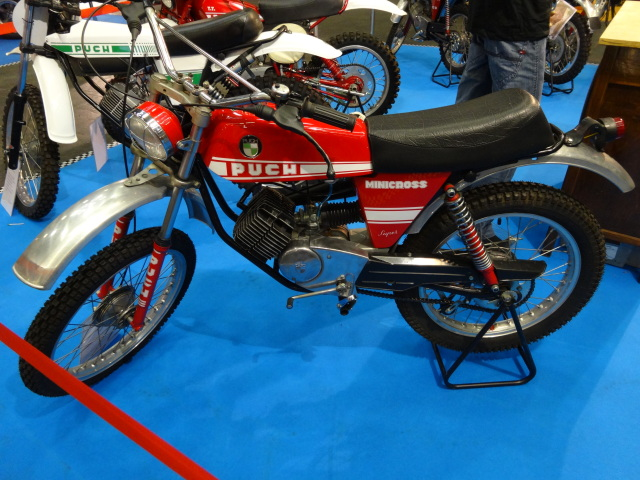 Puch MiniCross Super - Roja 2hz395g