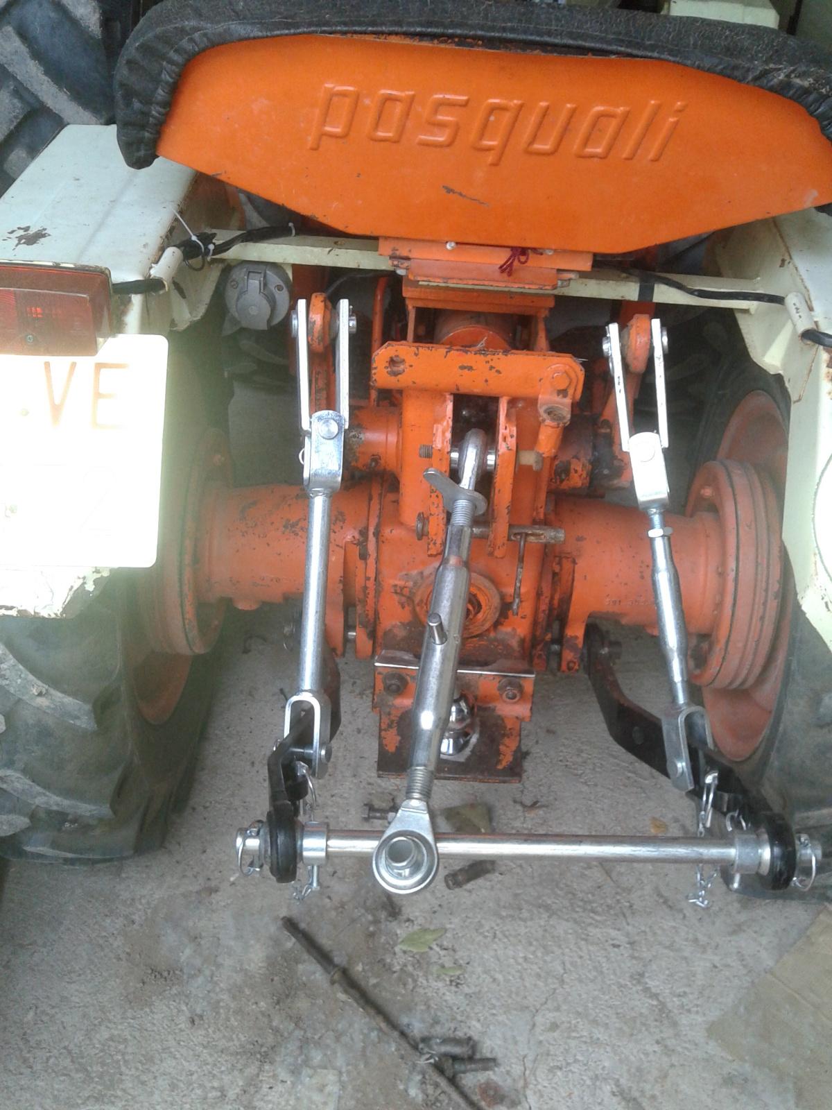 ¡¡¡OJO!!! Cómo conectar un remolque de coche a un tractor 3 puntos 2renrkz
