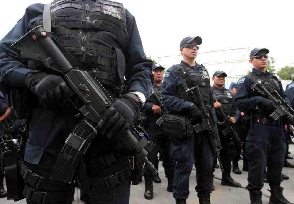 POLICIA - Armas de cargo de PF - Página 2 2rpz79f