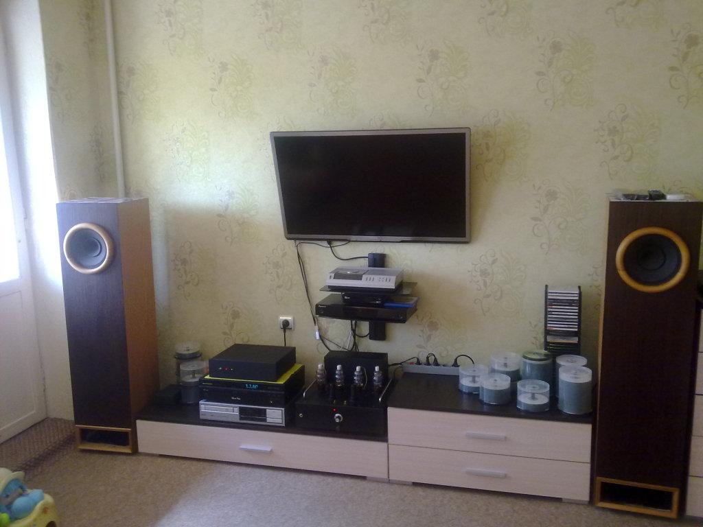 Напольные акустические системы в малых помещениях 2ykxuf4