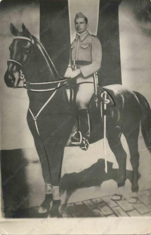 KONJICA 1945-1959 - Page 2 358rtck