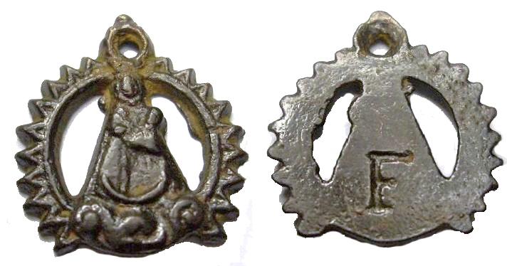 puede ser medalla religiosa? Abqfdk