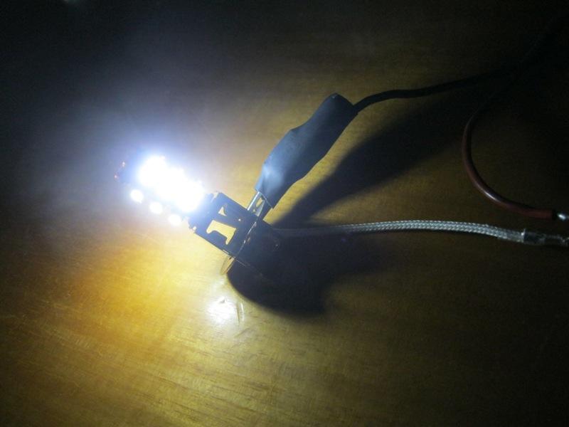 τοποθέτηση λάμπες led και βολτόμετρο. συμπεράσματα.  Auxzs9