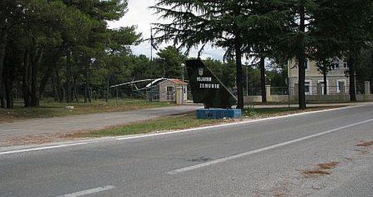 Aerodrom Zemunik Zadar Esu9w1