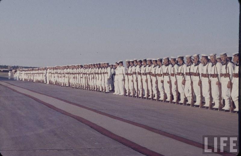 Nove uniforme i preustroj u JNA Fp4h2q