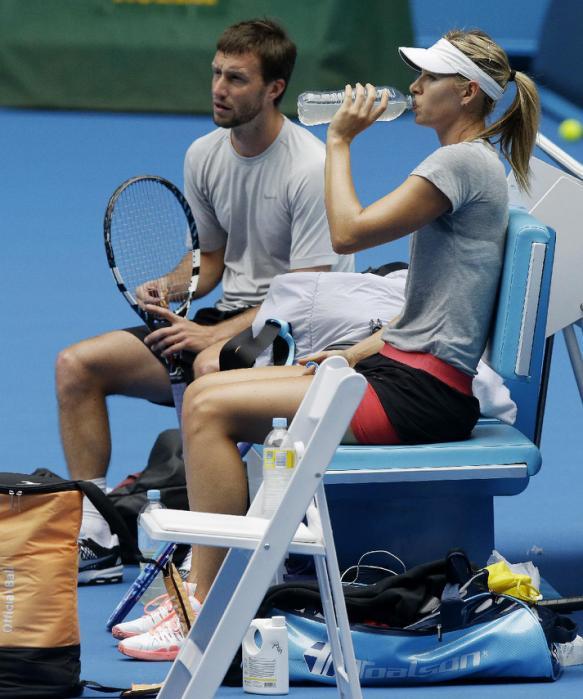 Maria Sharapova - Page 38 Imur2s