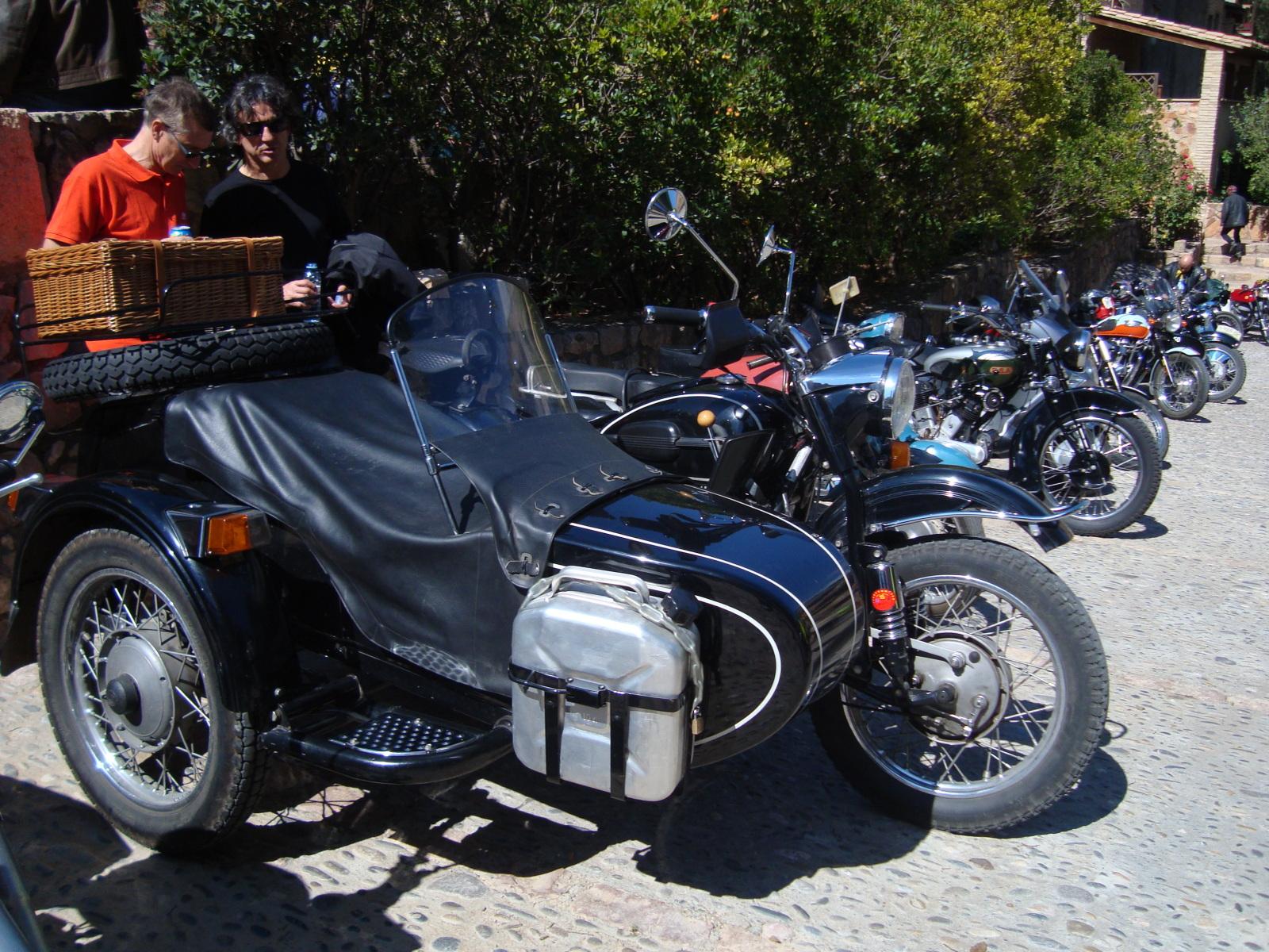 XI concentracion de motos antiguas en Alberuela de tubo (Huesca) K54a3d