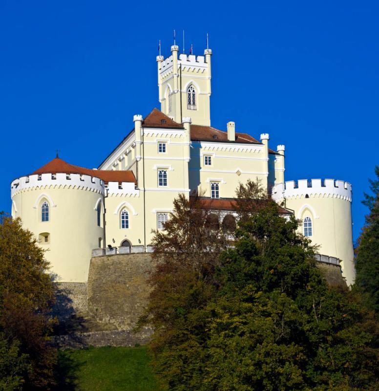 Stari dvorci i kurije u mom kraju Qxrpxx
