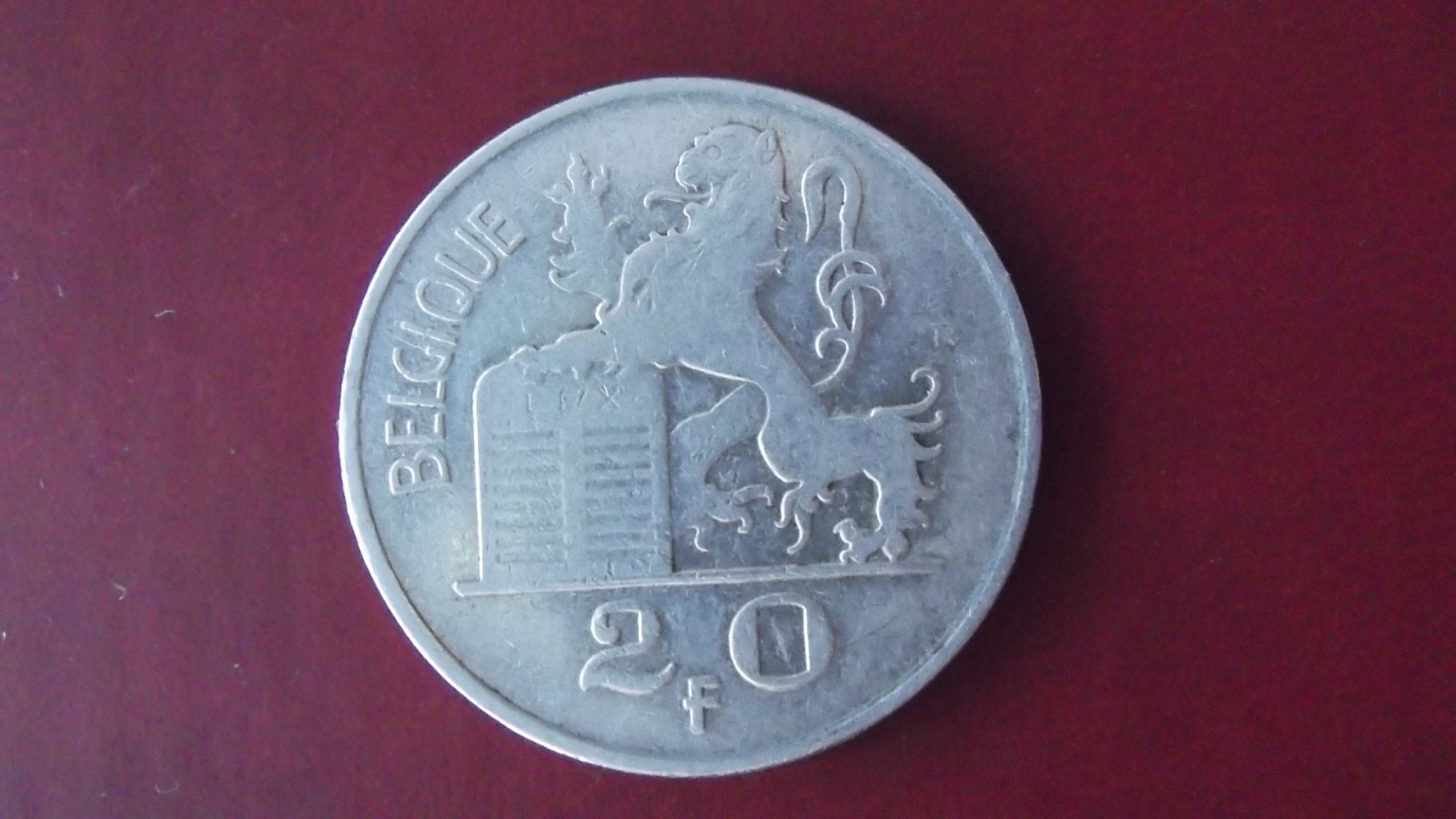 Monedas con leones Wjzxp1
