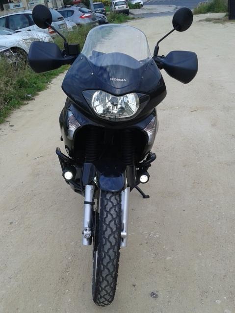 A minha preta (Transalp XL650) :D X4md0o