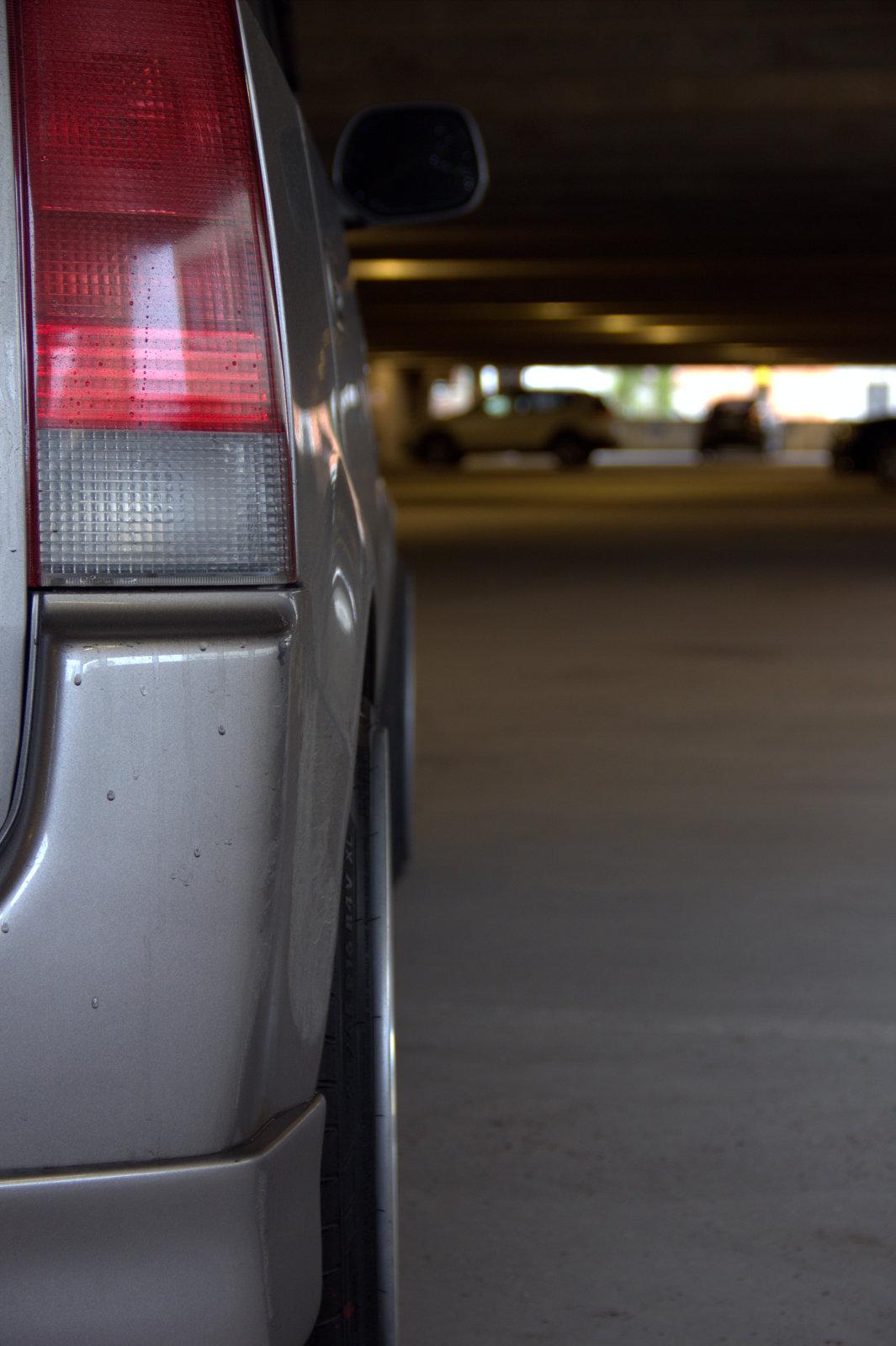 Kri5u: Toyota Bb -03 Zmbi3t