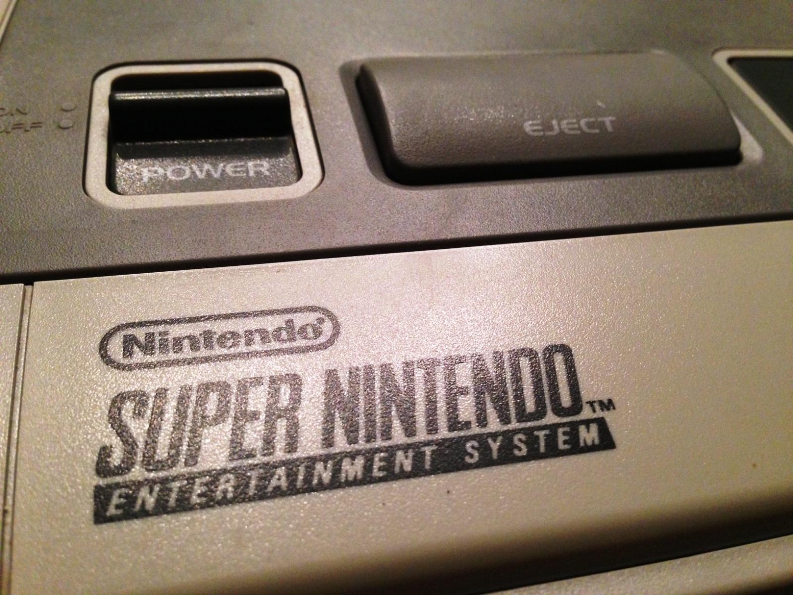 SNES - Super Nintendo en panne - plus d'image 10r0n53