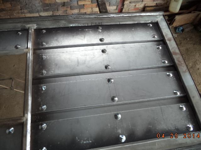Trabajo de ornamentación metálica   10ynvpx