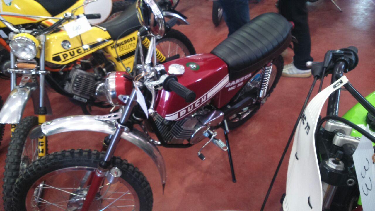 Puch Cobra M-82 TT Agua  y Réplica Coronil - Motos De Tote - Página 2 15ey32t
