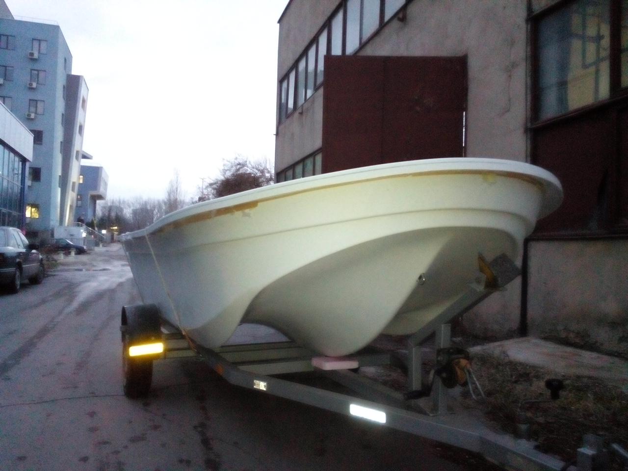 Стъклопластов тримаран Made in Bulgaria 1zcflna