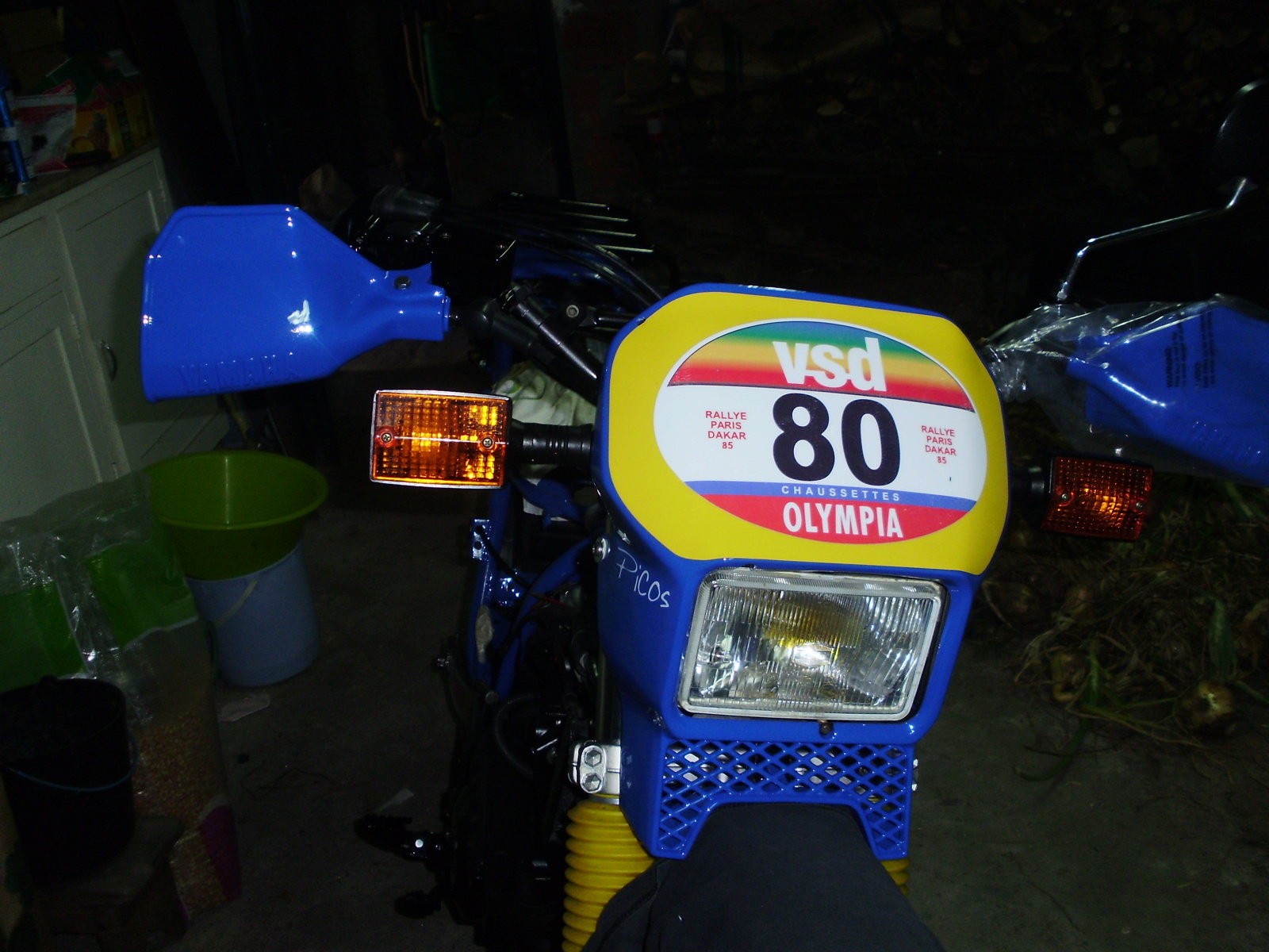 Yamaha xt600z Tenere replica dakar 1985 ( Jean Claude Olivier ) - Página 4 1zoguo0