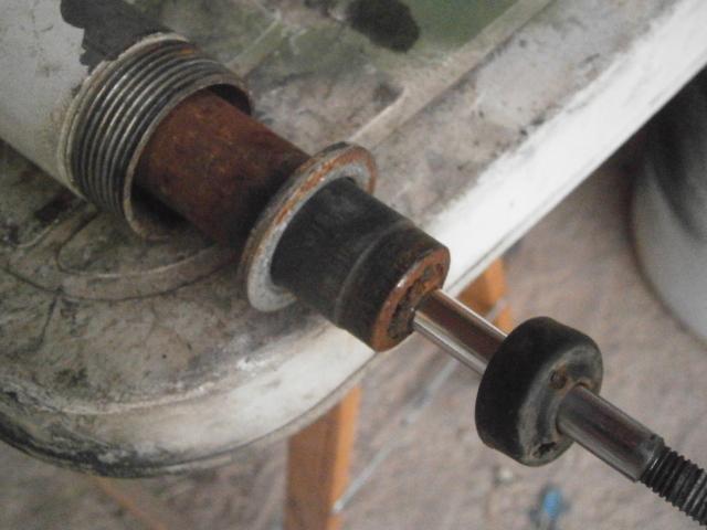 Intento de reparación amortiguadores Cobra MC 20r23kj