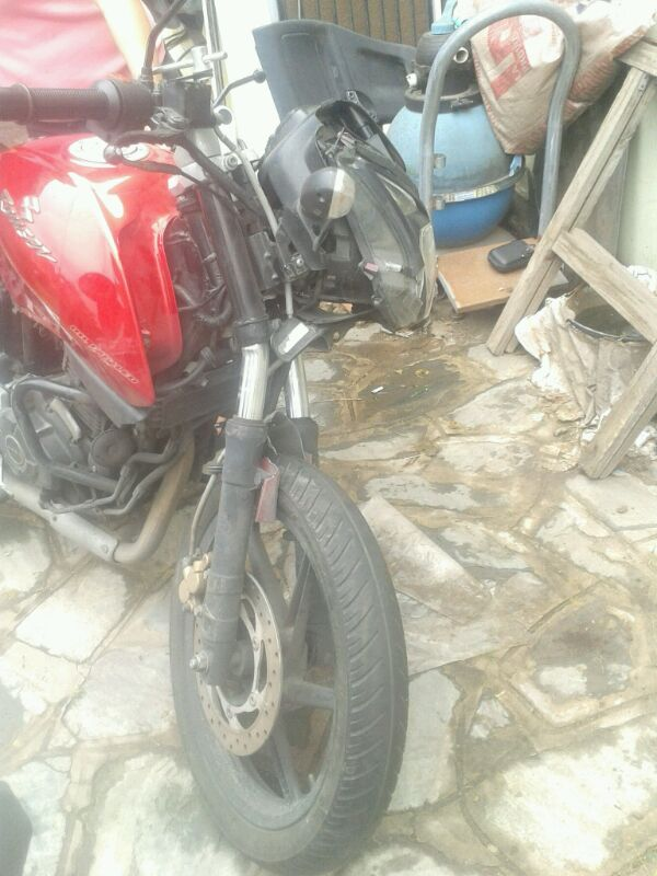 choque moto - reparar o vender 29c2dll