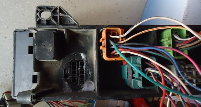 caja de fusibles. 2cps65h