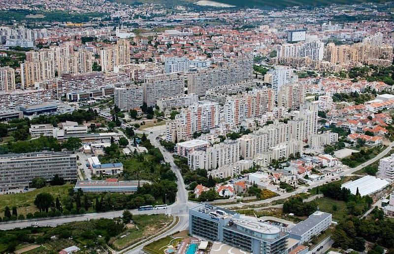 Vojna bolnica Split/Visoka 2zecbo3