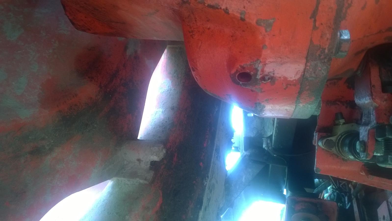 DB 996 -80 öljyvuoto 301hu68