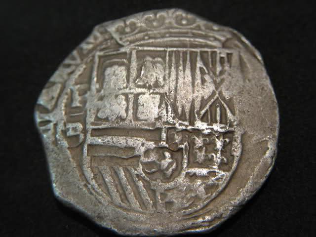 8 Reales macuquinos. Felipe II, Potosí. - Página 2 33c59vk