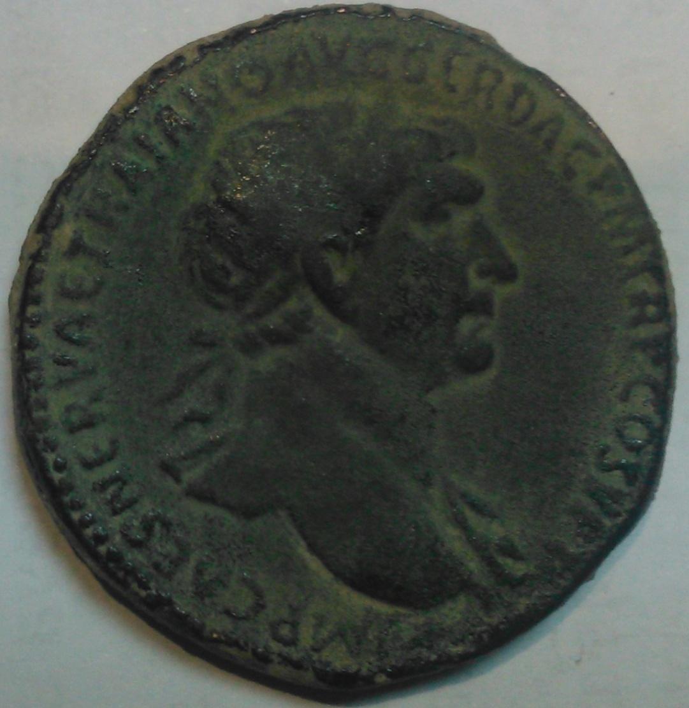 Sestercio de Trajano. S P Q R OPTIMO PRINCIPI / SC - Emperador a caballo. Roma 33lkx0k
